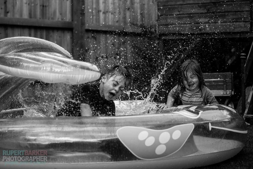 Girls_Paddling_Pool_Spash-5