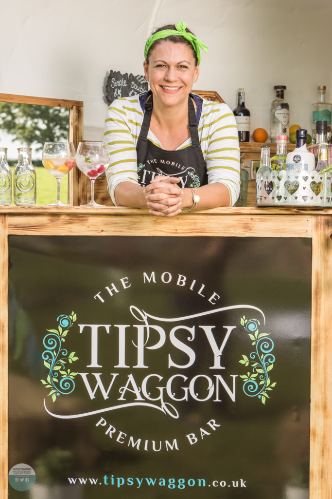tipsy wagon mobile premium bar gin and tonic wedding bar events and festivals commercial photography